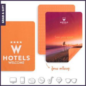 Grab a Gift - Microvezel iPad doekjes 16 x 21 cm bedrukken met logo
