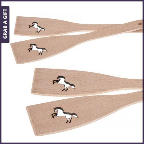 Grab a Gift - Houten spatel met lasergesneden paard en lasergravering in de steel
