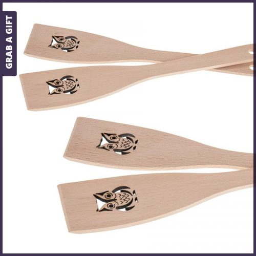 Grab a Gift - Houten spatel met lasergesneden uit en lasergravering in de steel